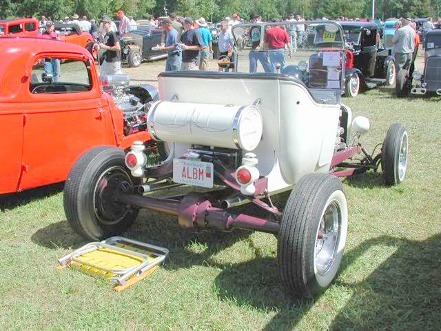 Fred Steele roadster T-Bucket rear