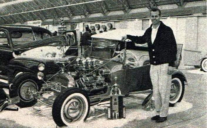 Buzz Pitzen T-Bucket 1961 Winternationals