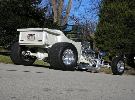 Pontiac Powered T-Bucket