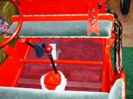 Hot Rod Santa T-Bucket Sleigh