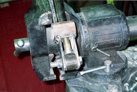 1927 Ford T-Bucket roadster build wishbone bung radius rods