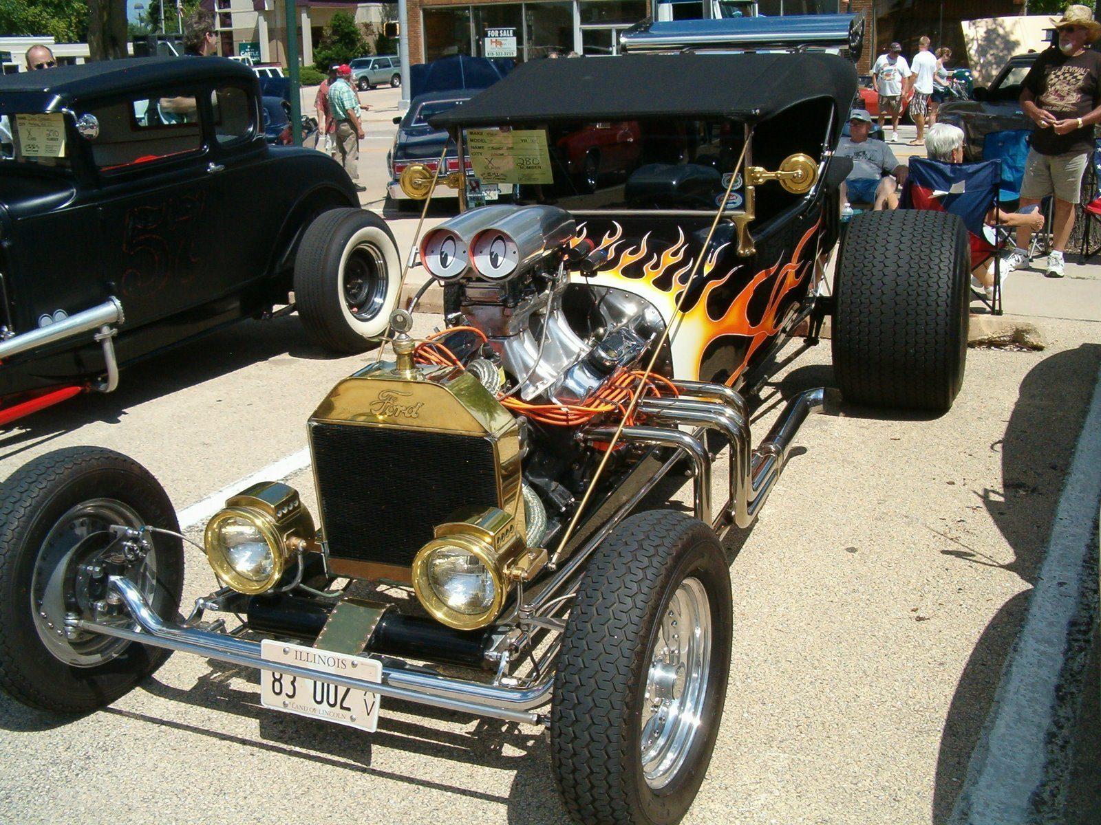 Bob Zellhoefer T-Bucket hot rod roadster