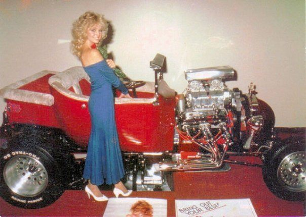 Bobby Field T-Bucket Nas-Tee Teri Copley World of Wheels