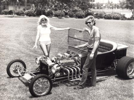 Hot Tee T-Bucket Bill Keifer and Linda Vaughn