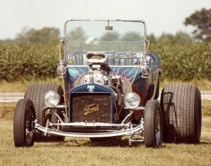 Mike Ray T-Bucket hot rod roadster