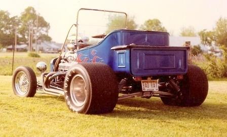 Mike Ray T-Bucket street roadster