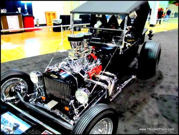 Randy Krnac T-Bucket Chicago 2013 World of Wheels