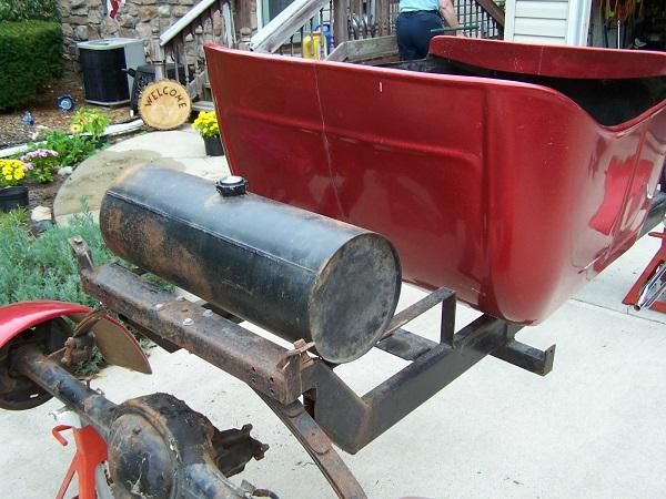 Bird T-Bucket Kits fuel tank frame