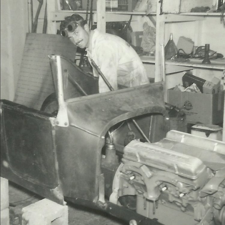 Don Brusseau rebuilding T-Bucket