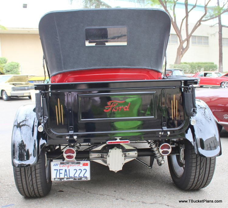 David Yerger T-Bucket Grand National Roadster Show 2016