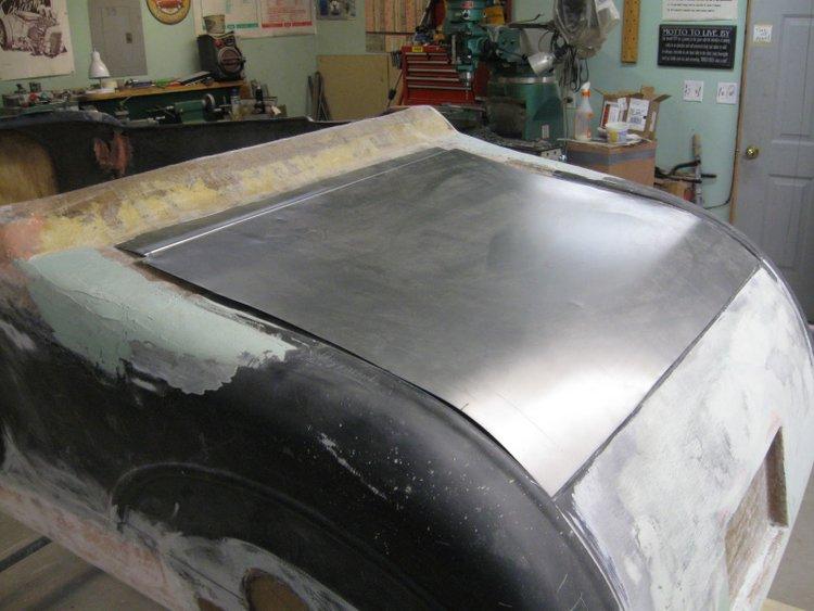 building fiberglass trunk lid t-bucket (1)