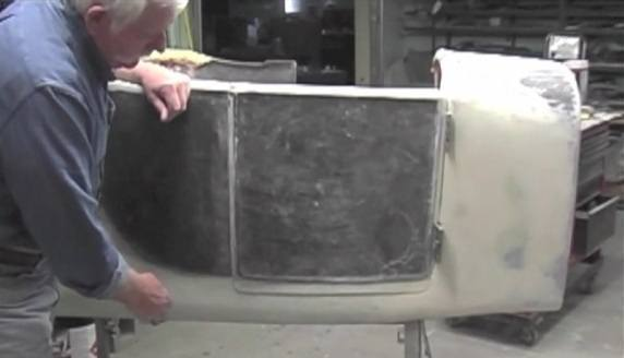 Fiberglass body T Bucket doors opening
