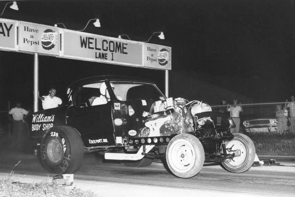 nostalgia drag racing Williams Body Shop Nash Metropolitan Altered