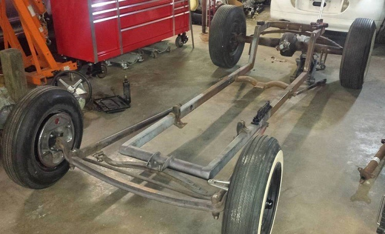 T-Bucket rolling chassis