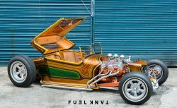 1927 Ford Model T roadster Paradise Road
